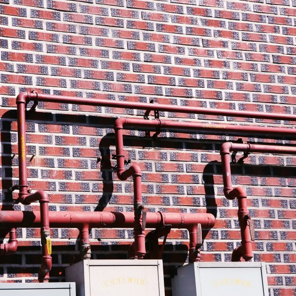 iron-pipes-1898766