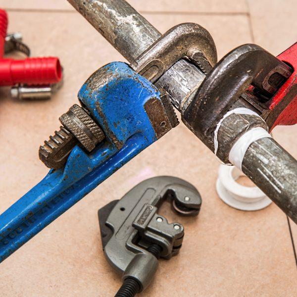plumbing-840835